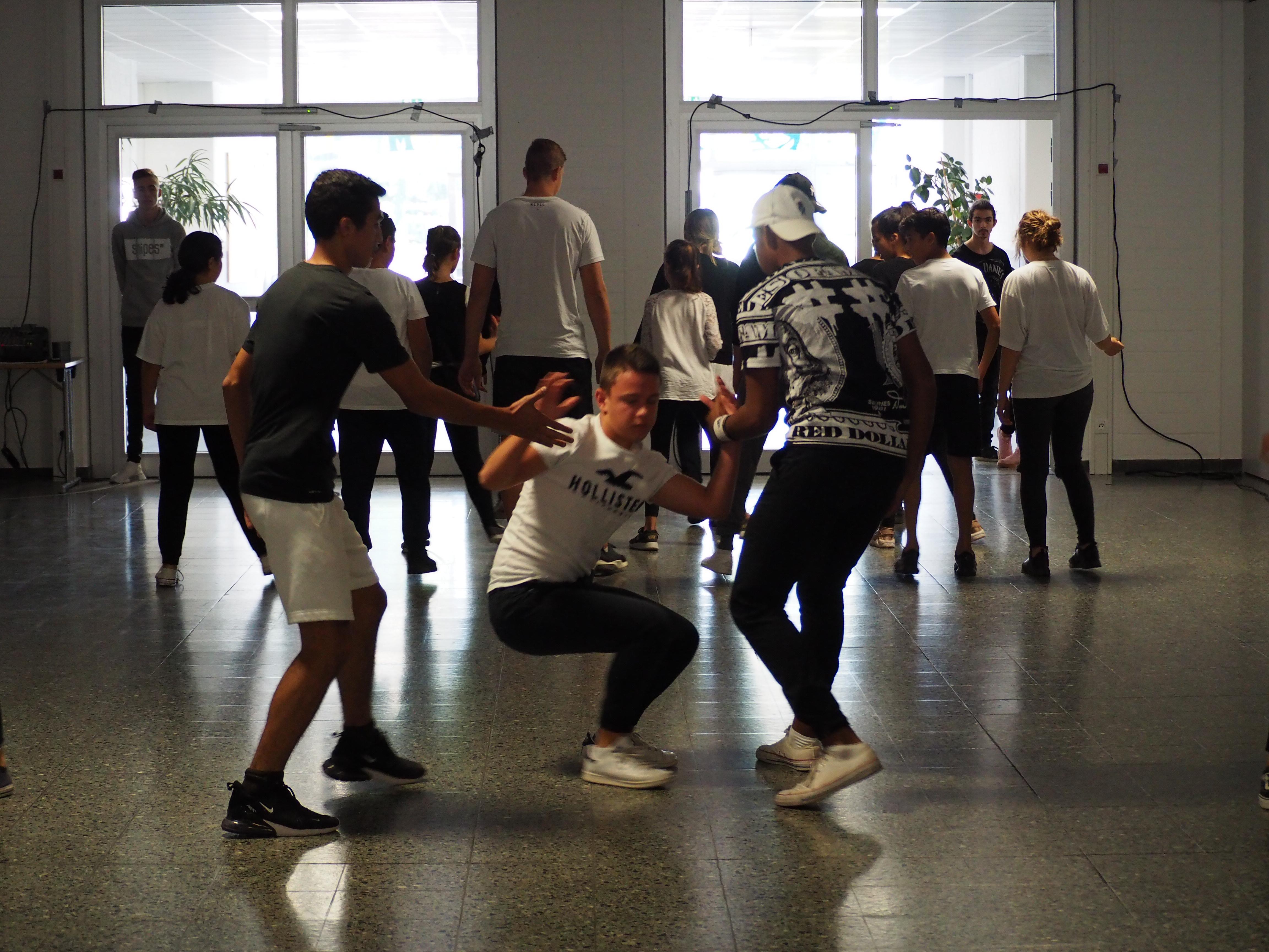 Tanzeinlage einer Schülergruppe
